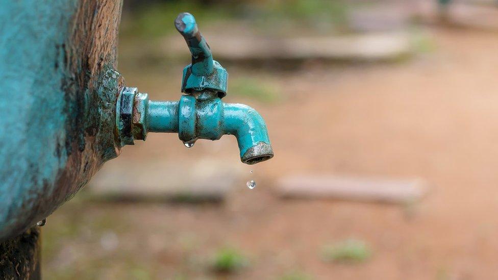 Kap vode na česmi