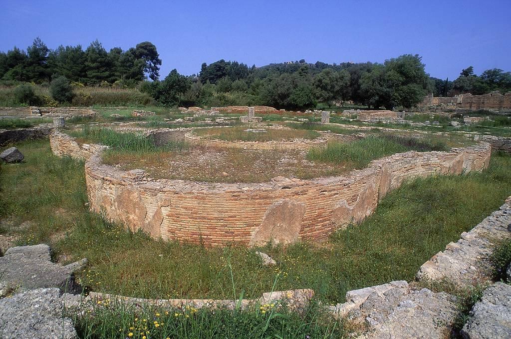 El Leonideo en el sitio de los Juegos Olímpicos Antiguos en Olimpia en Grecia.
