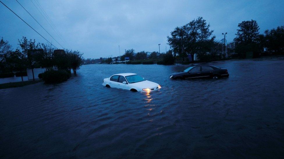 Poplava i automobili