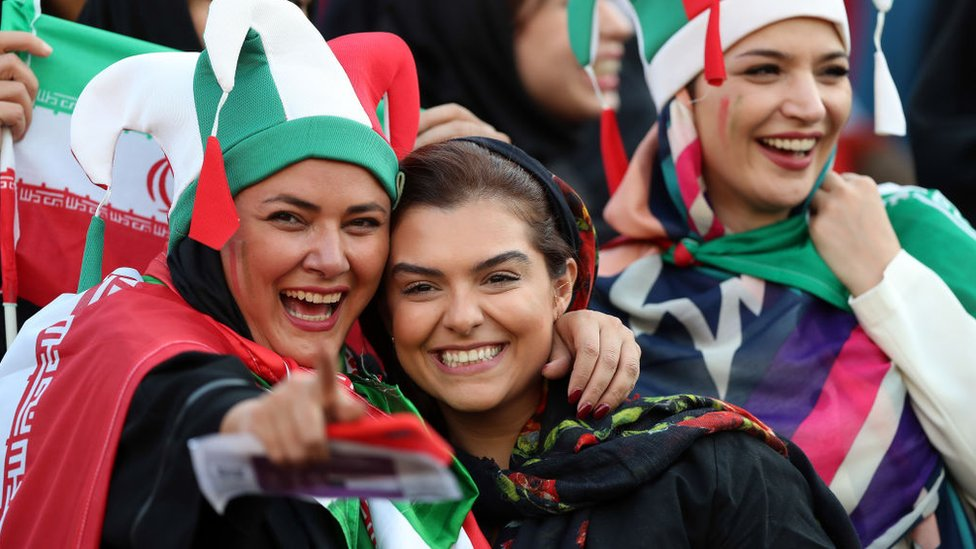 Mujeres iraníes en el partido.
