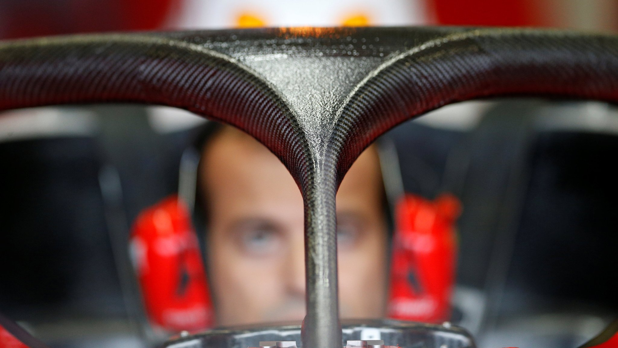 'Halo' can take weight of London bus - Mercedes' James Allison