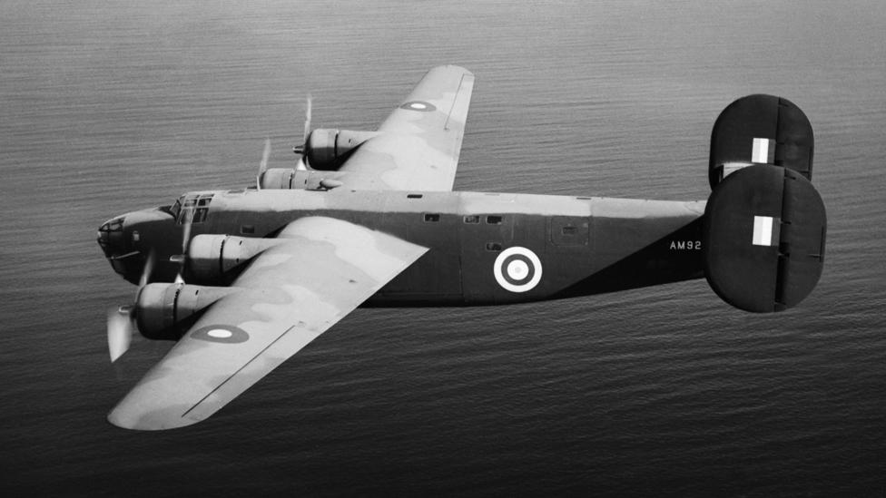 Foto de archivo de un bombardero Libertador de la Fuerza Aérea Británica, RAF, de fabricación estadounidense.