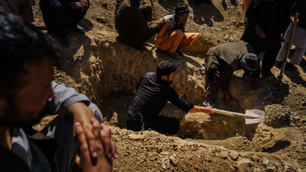 Victims of the 26 August attack outside Kabul airport are buried