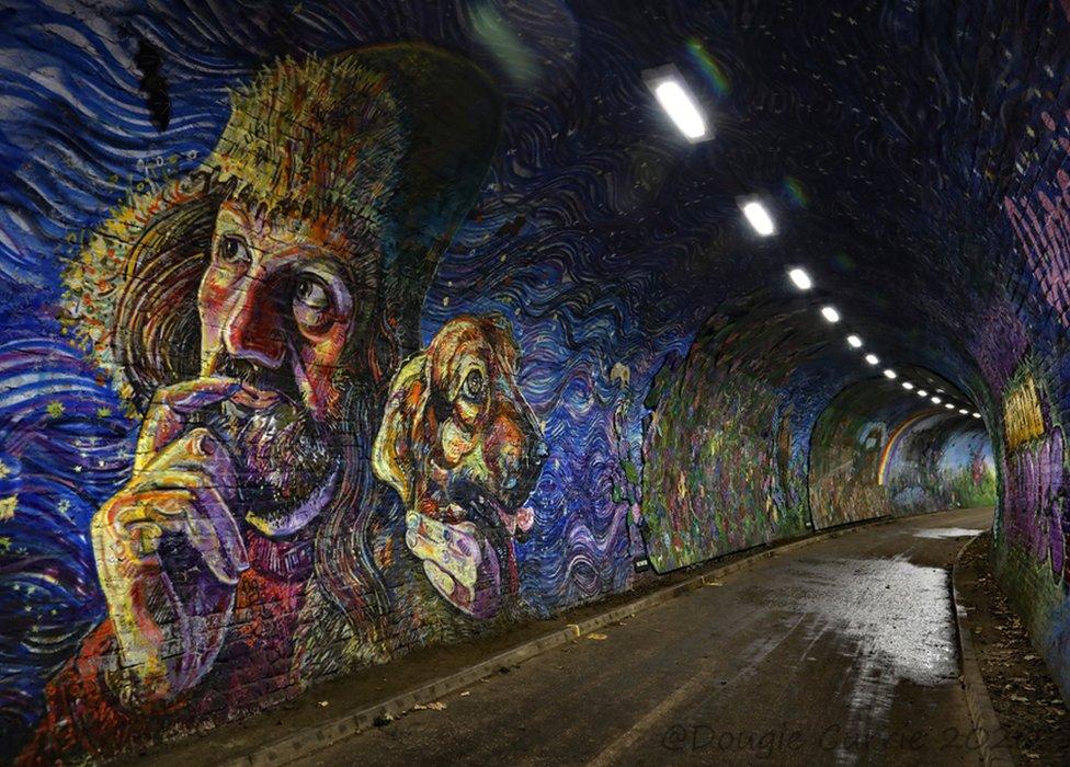 Tunnel art