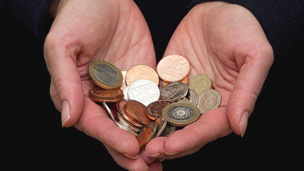 જ્યારે તમે બચાવી રાખેલા પૈસા ડૂબી જાય, ત્યારે આ વાતો ધ્યાનમાં રાખો - BBC News ગુજરાતી