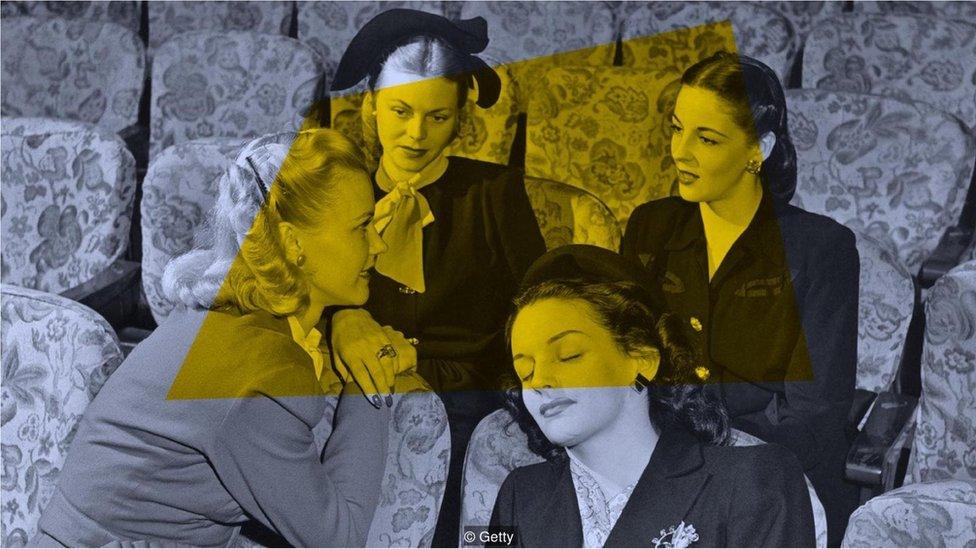 sohbet eden kadınlar