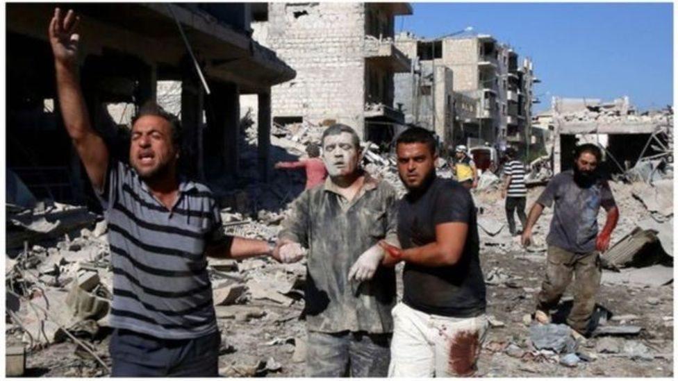 الهجمات المستمرة التي تنفذها القوات الحكومية السورية على المناطق الشمالية من سوريا تسببت في تدمير كثير من البيوت ونزوح الآلاف من المدنيين