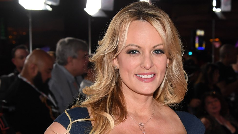 Stormy Daniels NO USAR / BBC