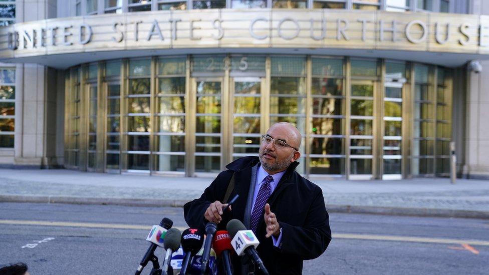 Eduardo Balarezo es uno de los abogados del Chapo