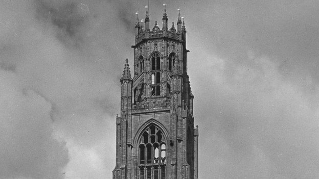 """The top of the Boston """"stump"""", photographed in 1930"""