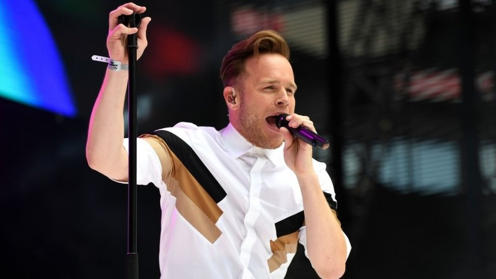 BBC News - Olly Murs cancelled gigs: 'No refunds' for fans