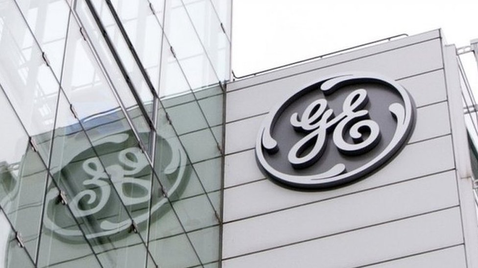 General Electric cuts profit outlook ahead of turnaround plan