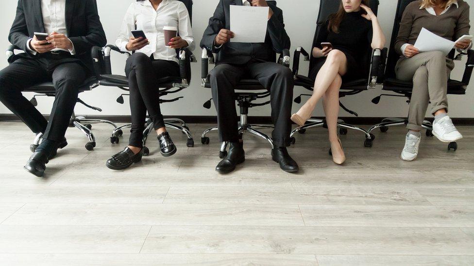 Candidatos para una entrevista de trabajo.