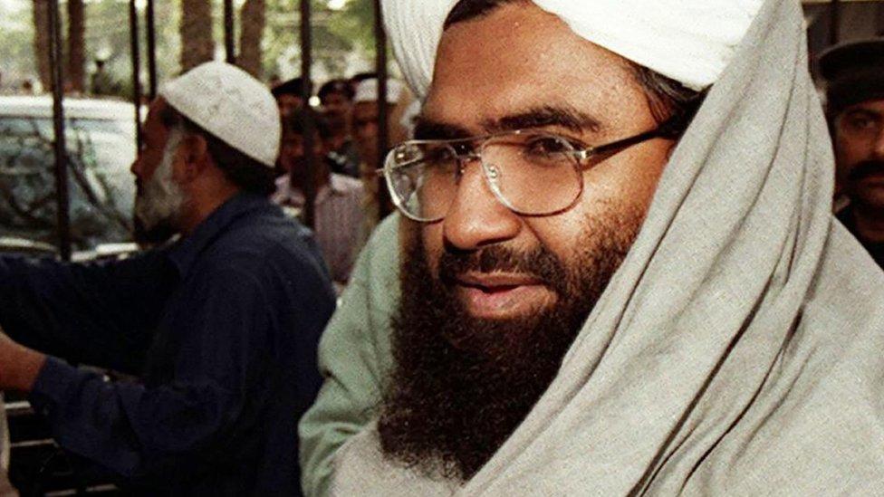 पाकिस्तान में नहीं है जैश-ए-मोहम्मद, पाक सेना के प्रवक्ता: आज की पांच बड़ी खबरें