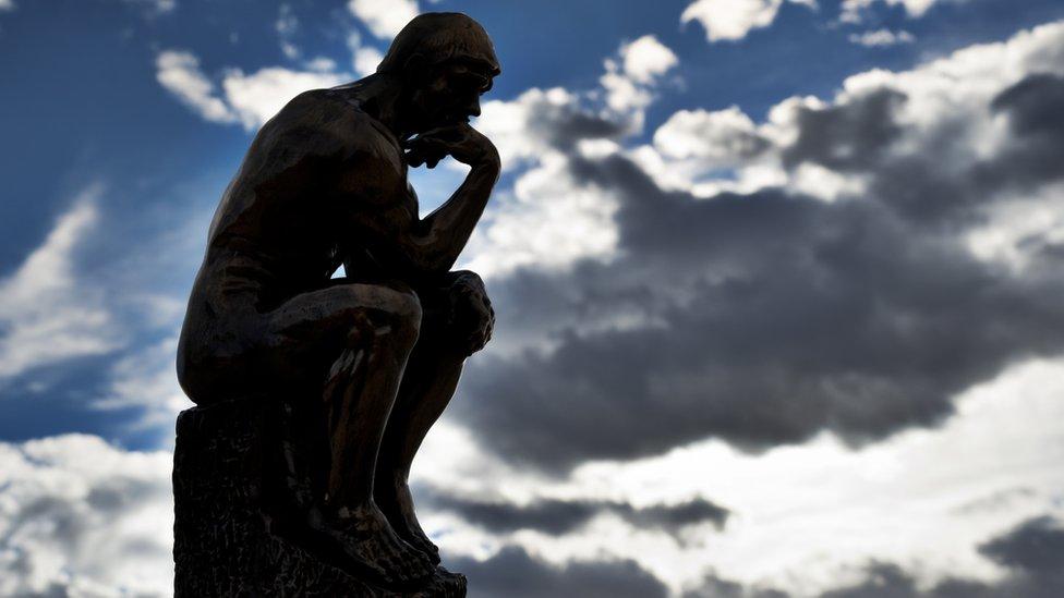 Escultura El pensador, de Auguste Rodin.