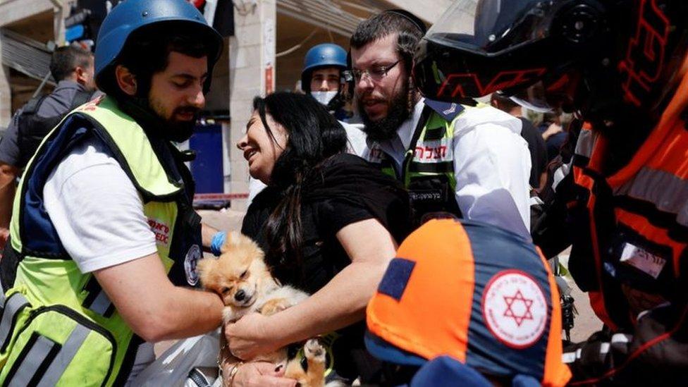 إسرائيليون مصابون جراء القصف الصاروخي