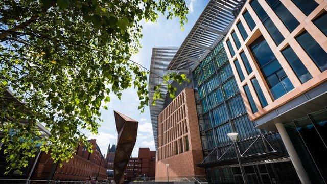 Medical Correspondent Fergus Walsh explores the new Francis Crick Institute