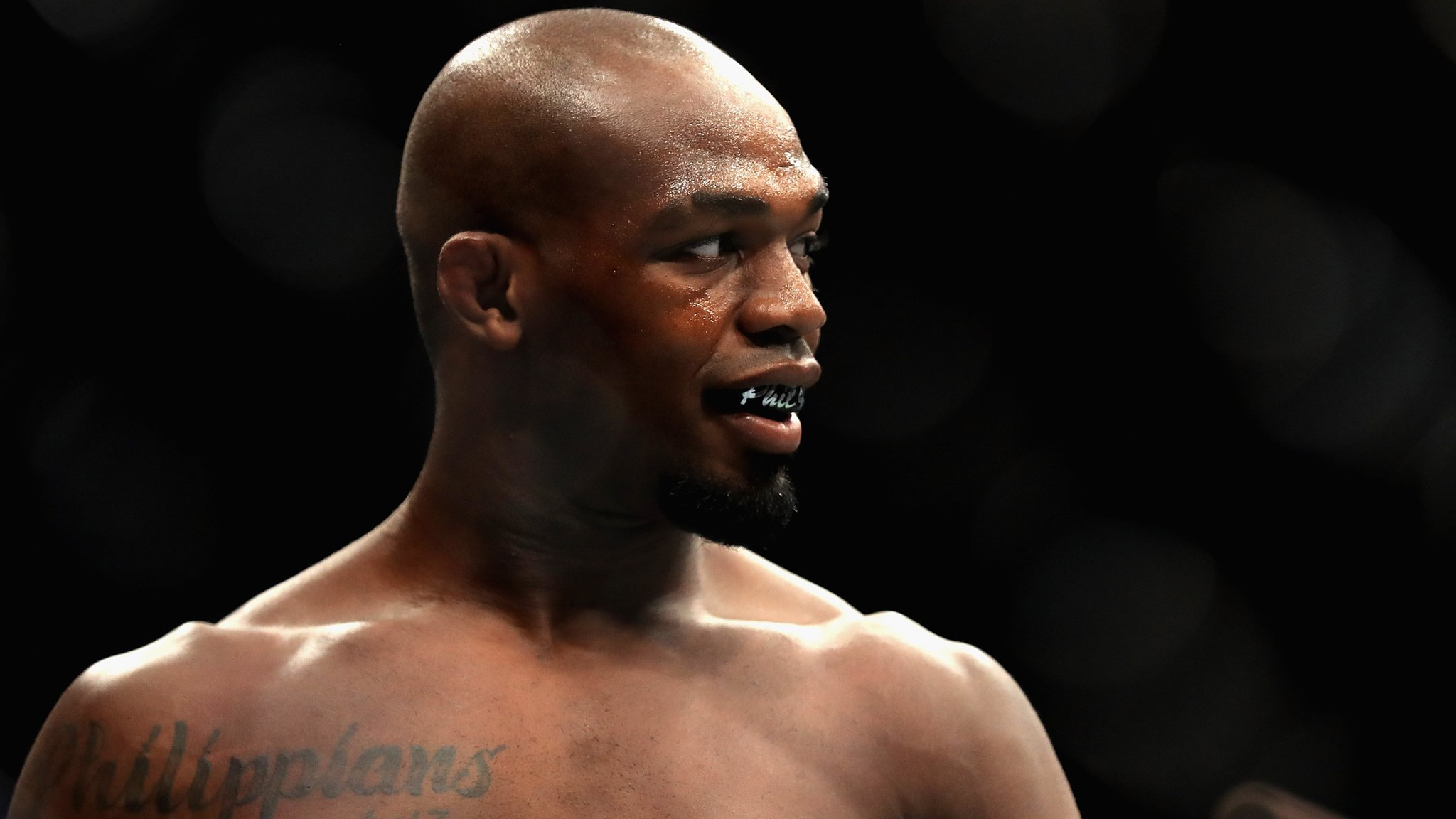 Ex-UFC light-heavyweight champion Jones cleared for October return