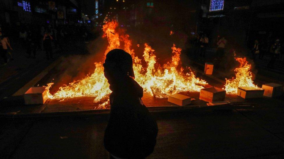 旺角示威現場一個示威者留下的火堆(29/2/2020)