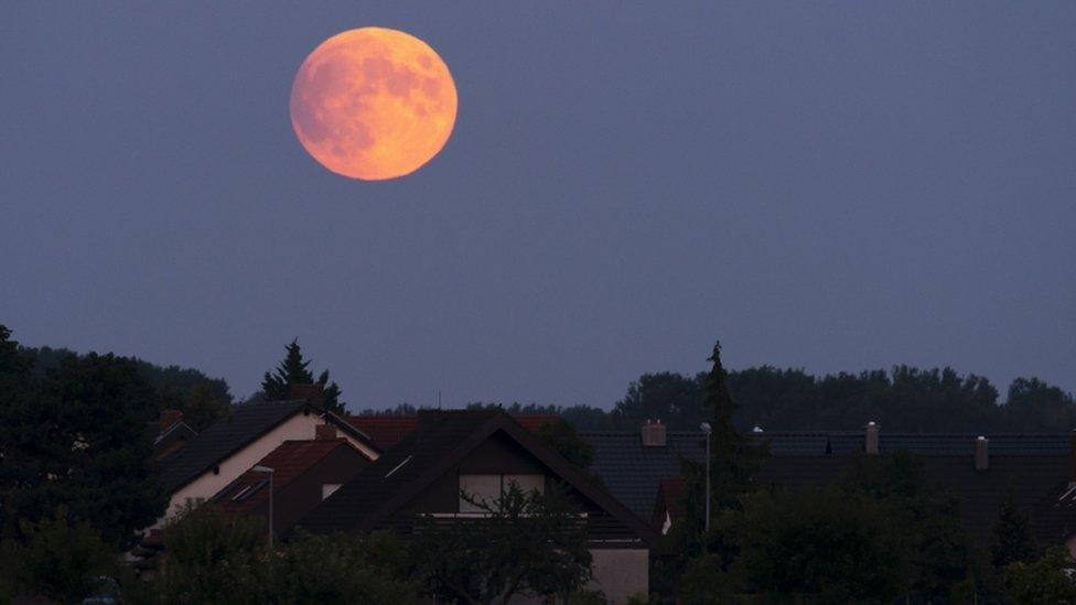 nemačka pomračenje meseca