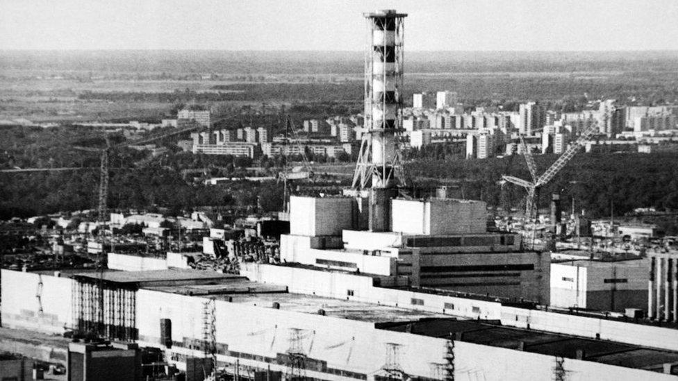 La central de Chernóbil, junto a la cual fue edificada la ciudad de Pripyat, fue levantada siguiendo un modelo que se repitió en Juraguá.