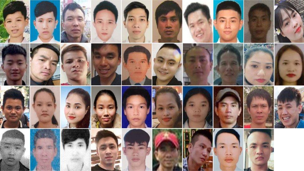 Las 39 personas murieron en el remolque de un camión mientras cruzaban el Mar del Norte.
