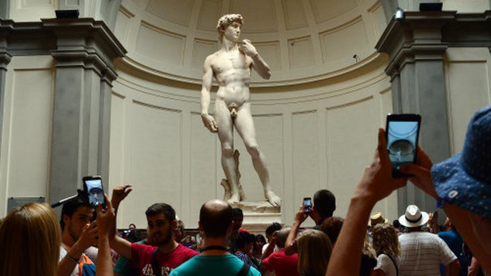 El David de Michelangelo.