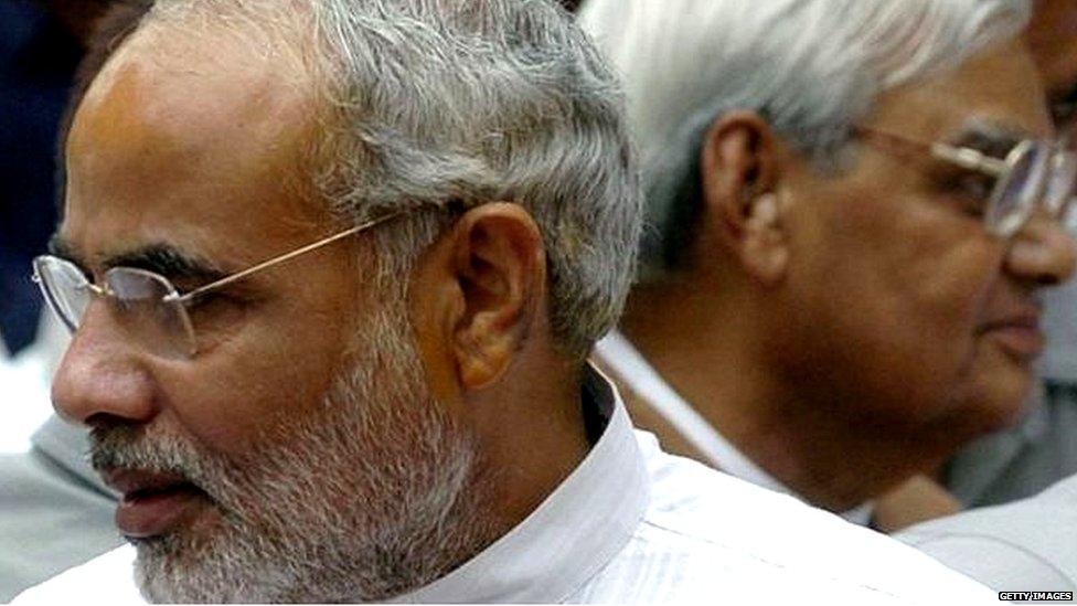 लोकसभा चुनाव: 2019 के नरेंद्र मोदी की हालत 2004 के वाजपेयी जैसी है?: नज़रिया