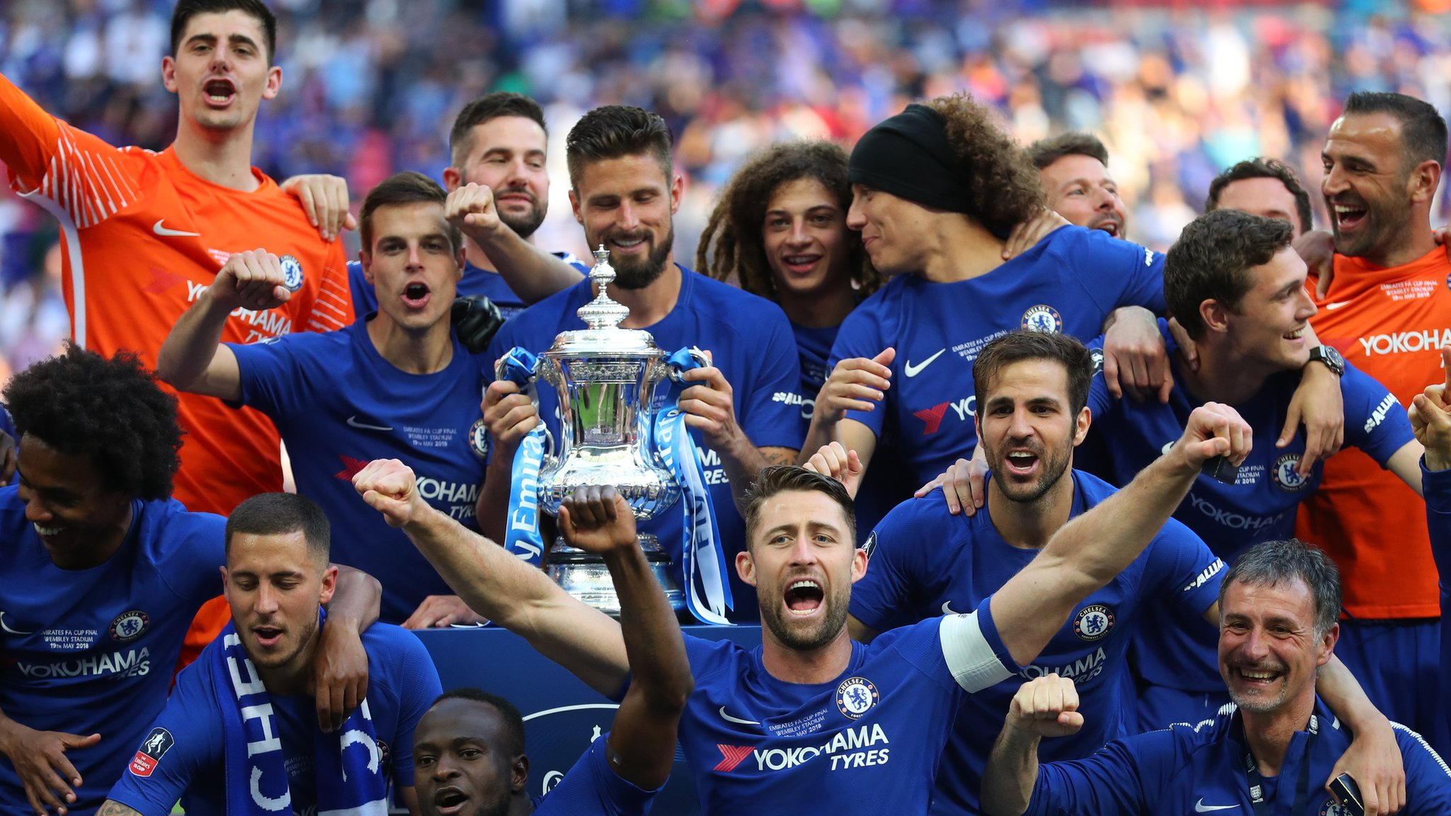 Hazard penalty gives Chelsea FA Cup final win over Man Utd