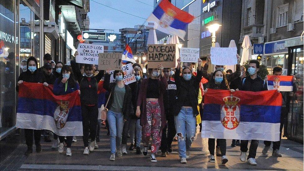 Protestna šetnja u Nišu