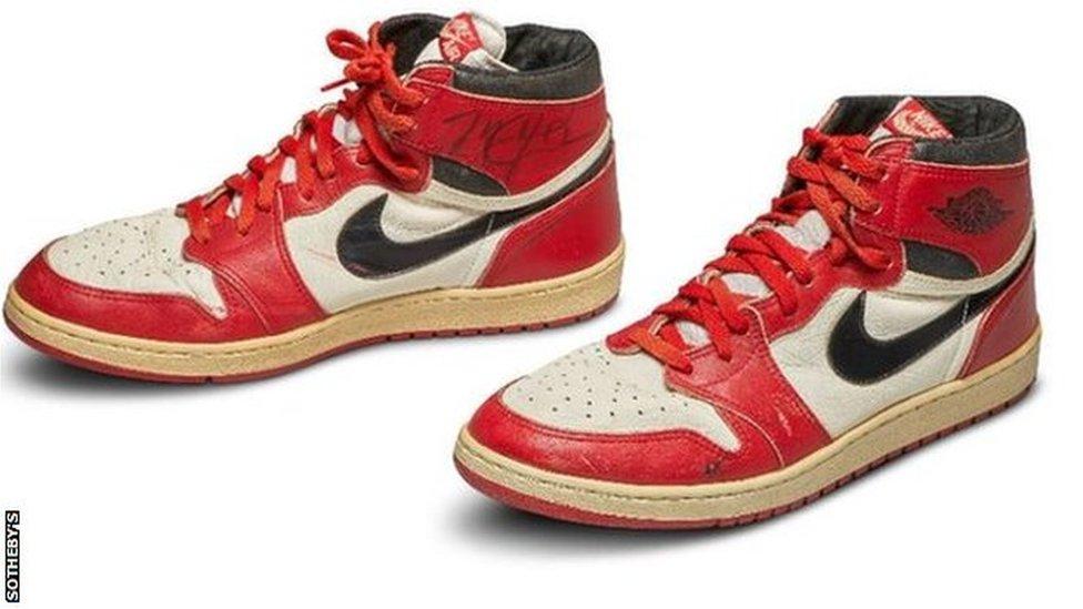 Unas zapatillas Nike Jordan 1s