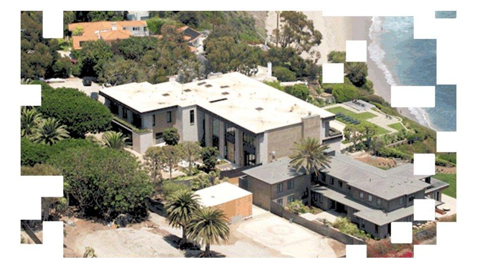 المنزل الذي تشير الوثائق أن ملك الأردن هو مالكه يقع على المحيط الهادي في ماليبو