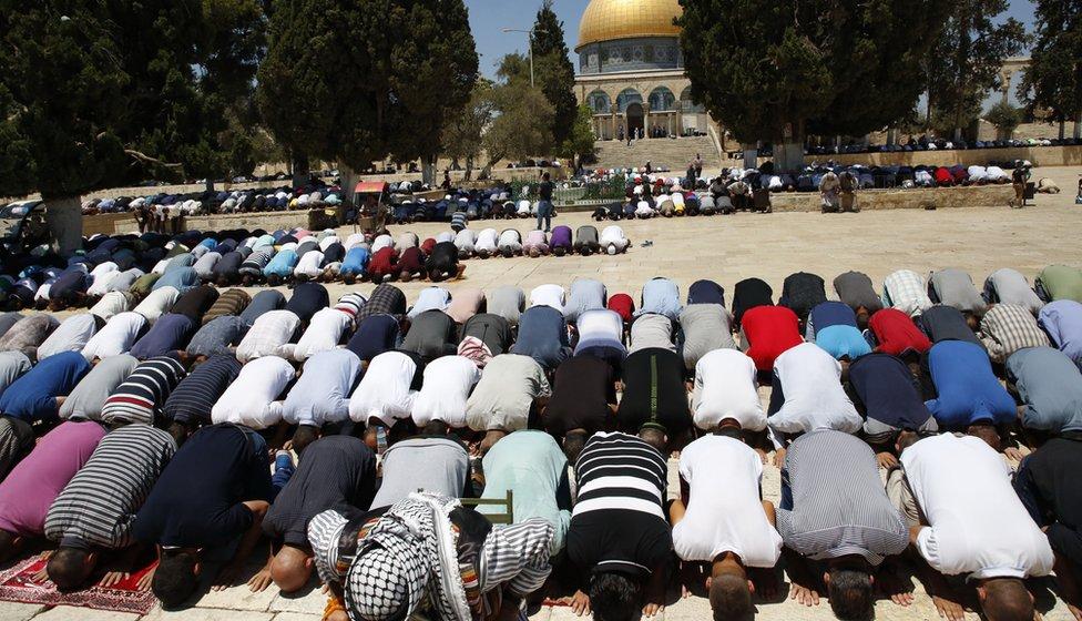 Friday prayers in Jersualem