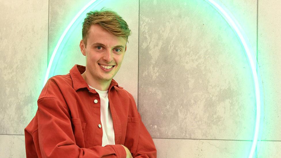 The Circle: Alex Hobern on how he became 'Kate'