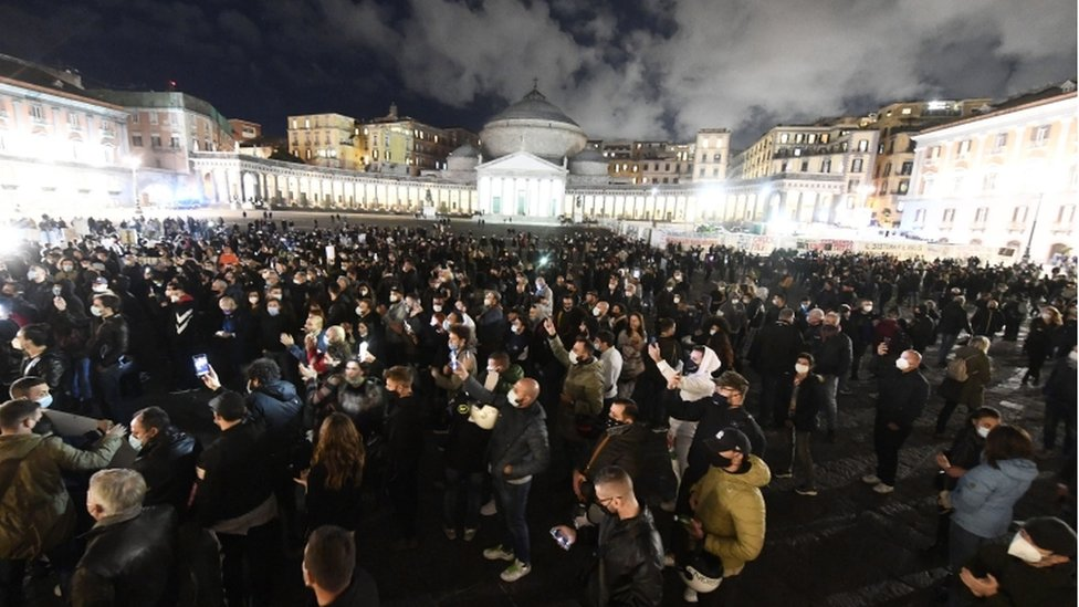 Hundreds of people gathered to protest against the measures implemented to stop the spread of the Covid-19 pandemic by the Government during the second wave of the Covid-19 Coronavirus pandemic in Naples