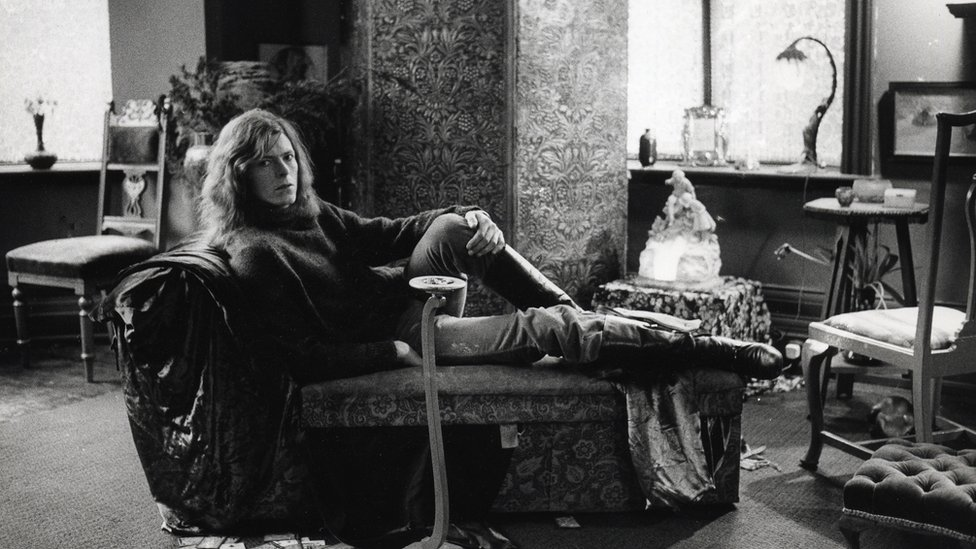 Bowie in his apartment at Haddon Hall, Beckenham, in 1970