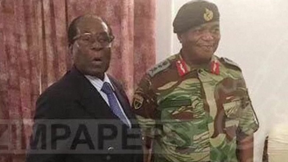 Robert Mugabe with Gen Constantino Chiwenga at State House on 16 November 2017
