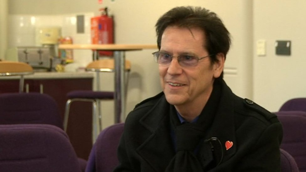 'CPR saved my life' - Shakin' Stevens