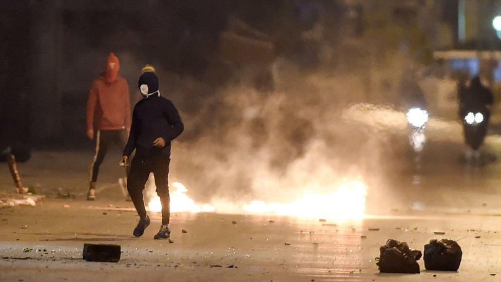 أعمال شغب في تونس