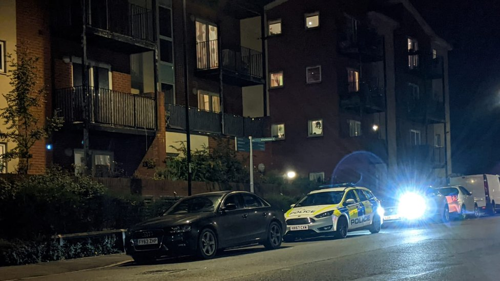 Attempted murder arrest as Southampton police officer stabbed thumbnail