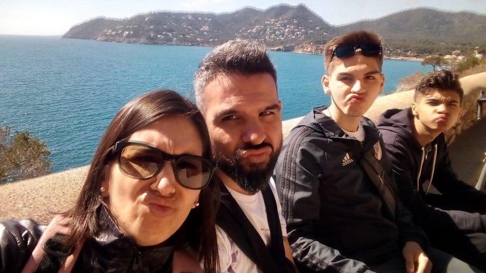 familia Cañizare Simone