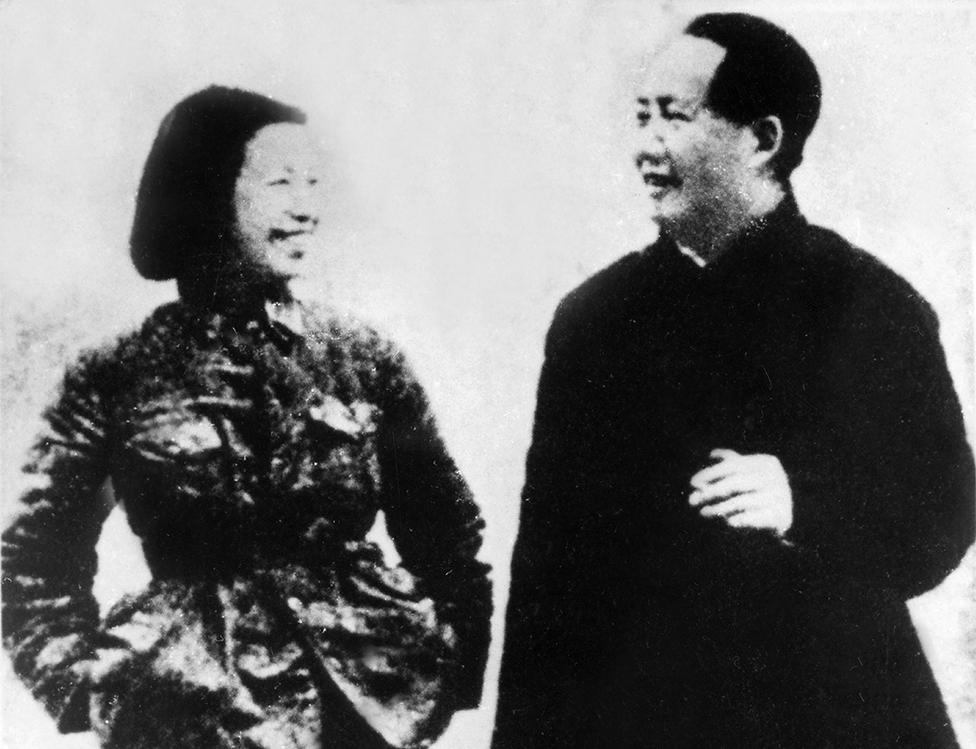 Jiang Qing y Mao Zedong en los años 1940