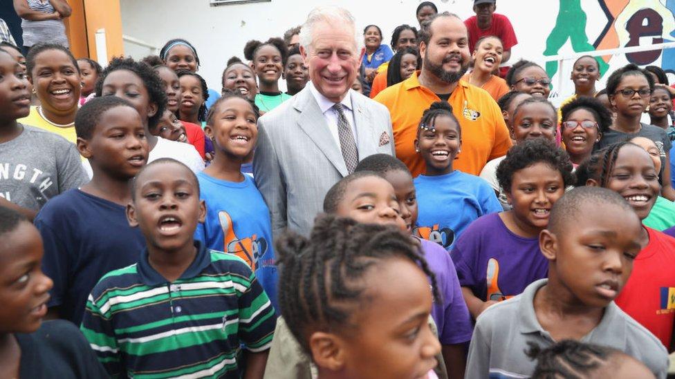 El príncipe Carlos de Gales durante una visita a las Islas Vírgenes Británicas en 2017.