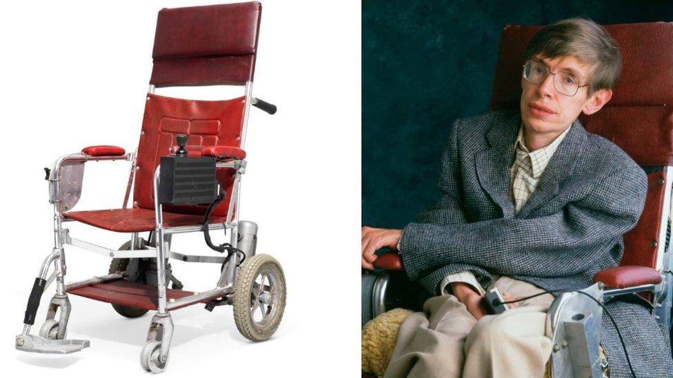 Bilim adamının 1980'lerde ve 1990'larda kullandığı tekerlekli sandalyesi
