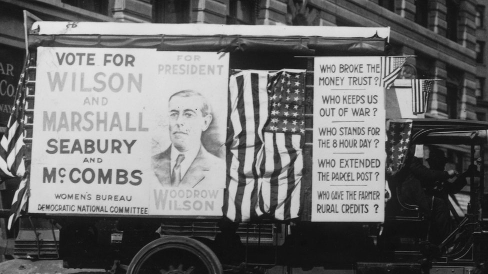 1916: An election campaign car, backing the incumbent Woodrow Wilson for President, in New York. (Photo by Hulton Archive/Getty Images)