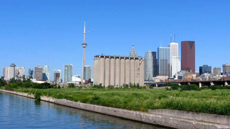 Zona portuaria de Toronto