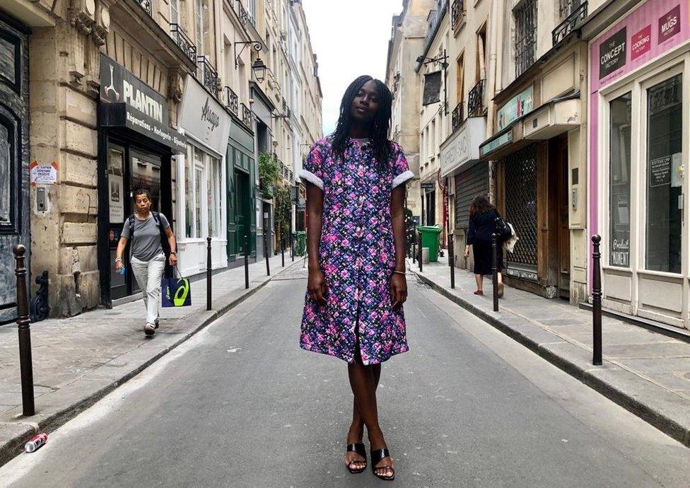 Client modelling a Marche Noir vintage dress