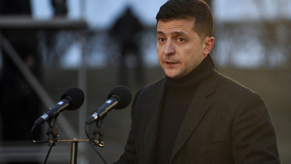 Зеленский выдвинул три условия по Донбассу и отказался выполнять минские соглашения