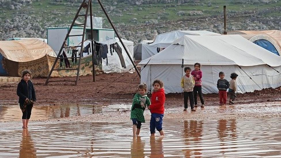 İdlib'de 1,5 milyon kişi sağlıksız koşullarda çadırlarda kalıyor