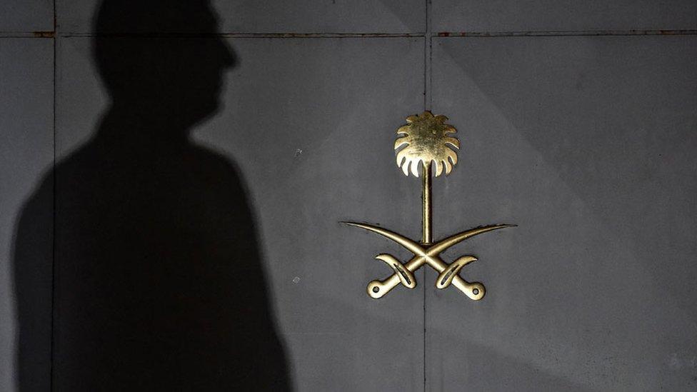 Consulado saudita.